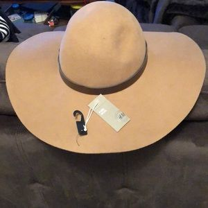 Pure wool sunhat. Brand new with tags from H&M